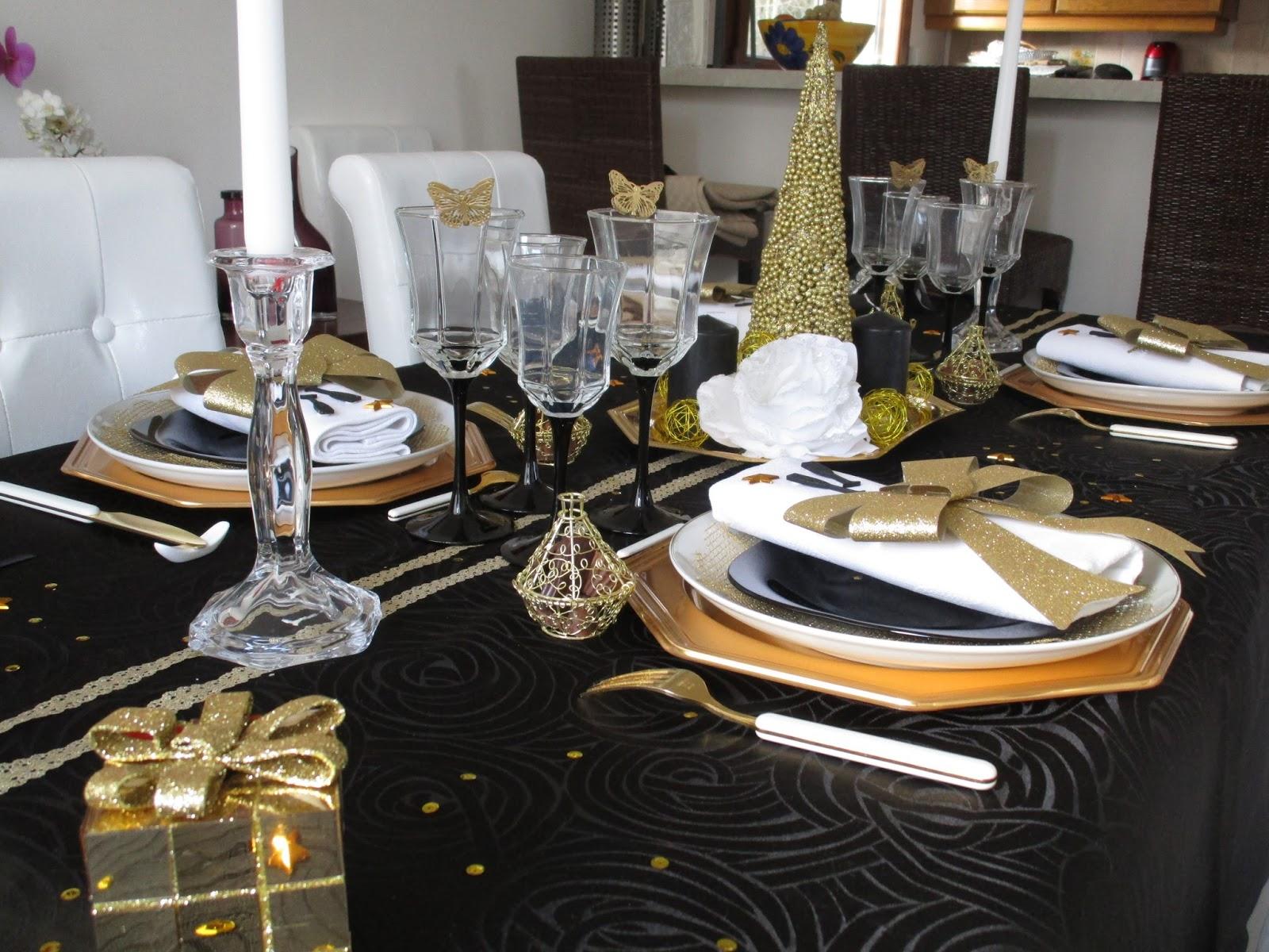 Nouvel an 2016 en noir et or d co de table th mes - Decoration de noel interieur ...
