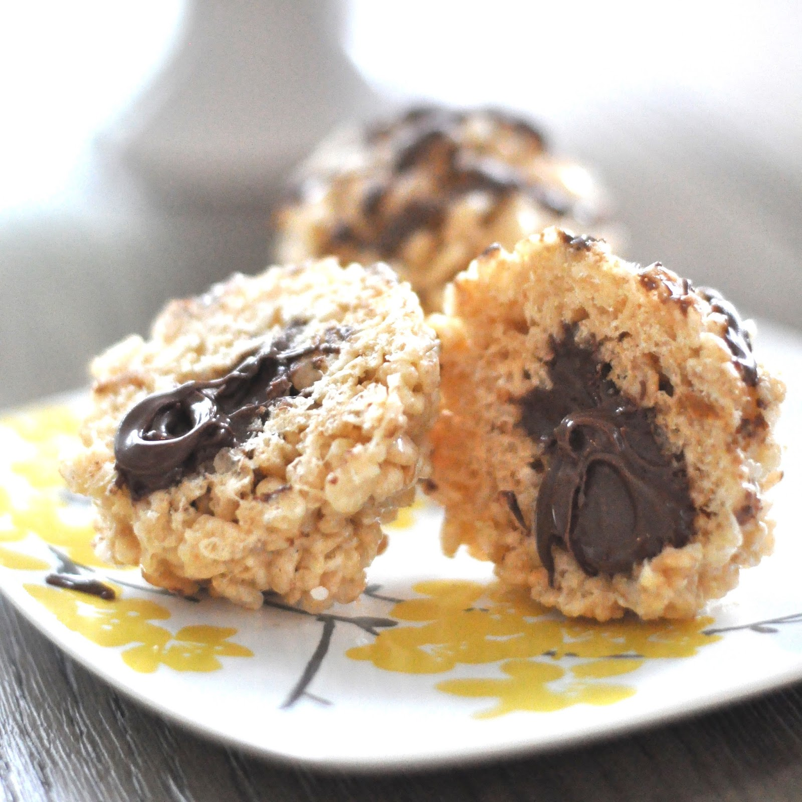 Nutella Stuffed Rice Krispie Balls