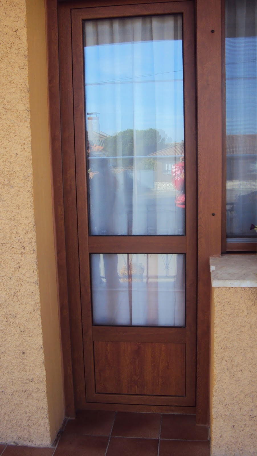 Aluminio y cerrajer a abel y cesar santiuste de san juan for Puertas para terrazas