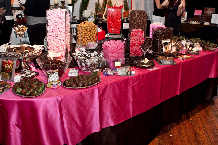 Wordsofcake candy bars for Candy bar for weddings receptions