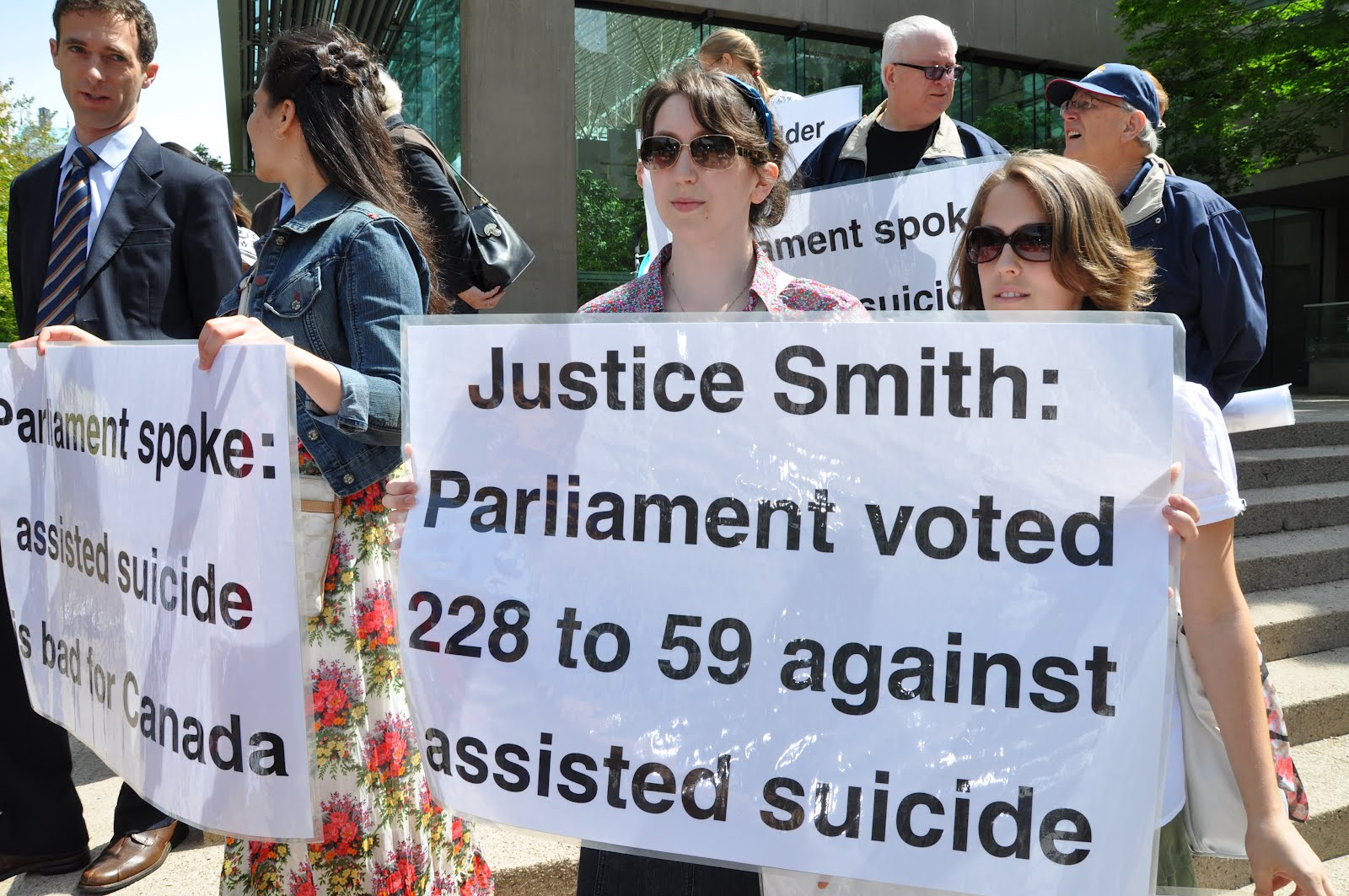 anti euthanasia Becoming activists in the fight against legalised euthanasia and assisted suicide firstly i would like to acknowledge the work of paul russell over many years in fighting euthanasia and assisted suicide.