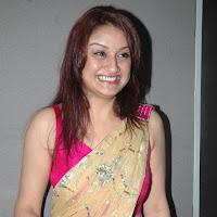 scenic and radiant Sonia in designer saree