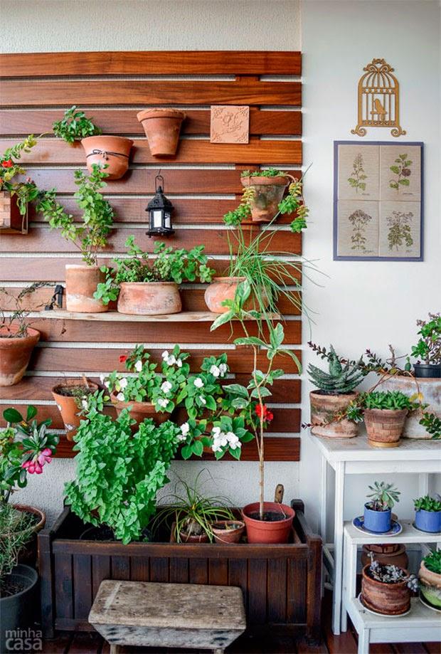 horta em jardim vertical : horta em jardim vertical:Coisa Minha, Casa: Jardim Vertical (2)