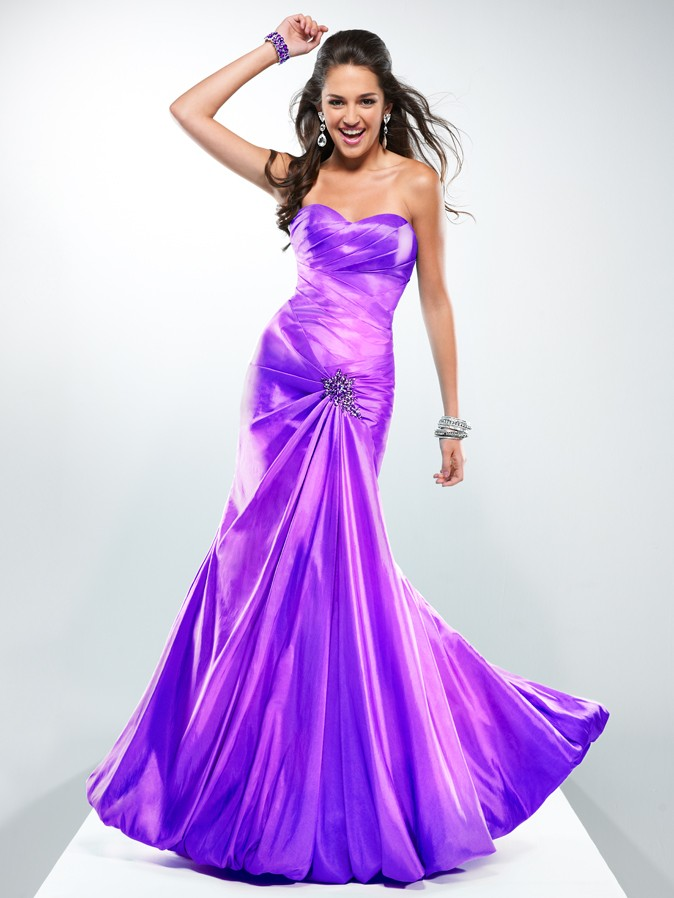 Some Models Dress Women: Prom Dresses From Flirt by Maggie Sottero