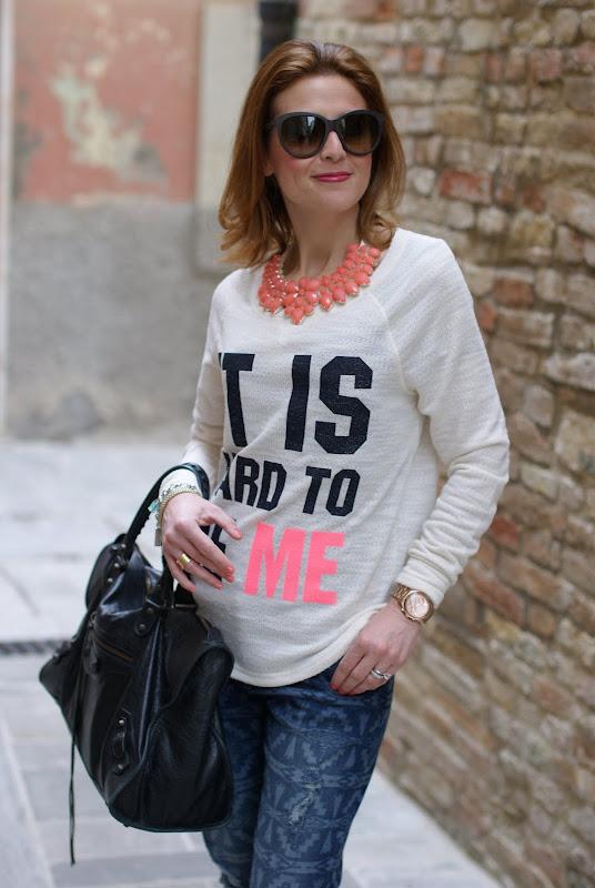 Michael Kors rose gold watch,Pull & Bear sweatshirt, Fashion and Cookies
