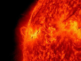 X1.2 class solar flare on May 14, 2013