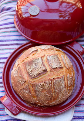 Bread made in a bread cloche