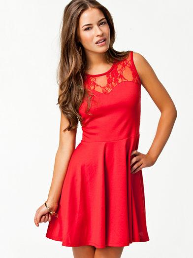 nelly rød kjole
