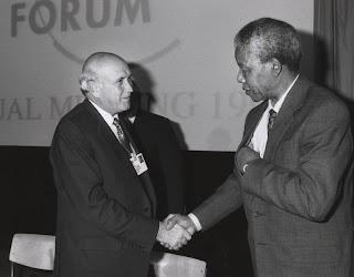 http://4.bp.blogspot.com/-b3Rt6y8bHKQ/TiQ2U4MEDqI/AAAAAAAABkQ/iVM1EuIXTFM/s1600/apartheid-in-south-africa-fw-mandela.jpg