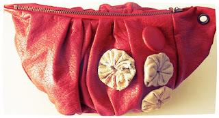 pochette skaï rouge