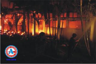 Dini Hari, Kampus STKIP Bima Terbakar