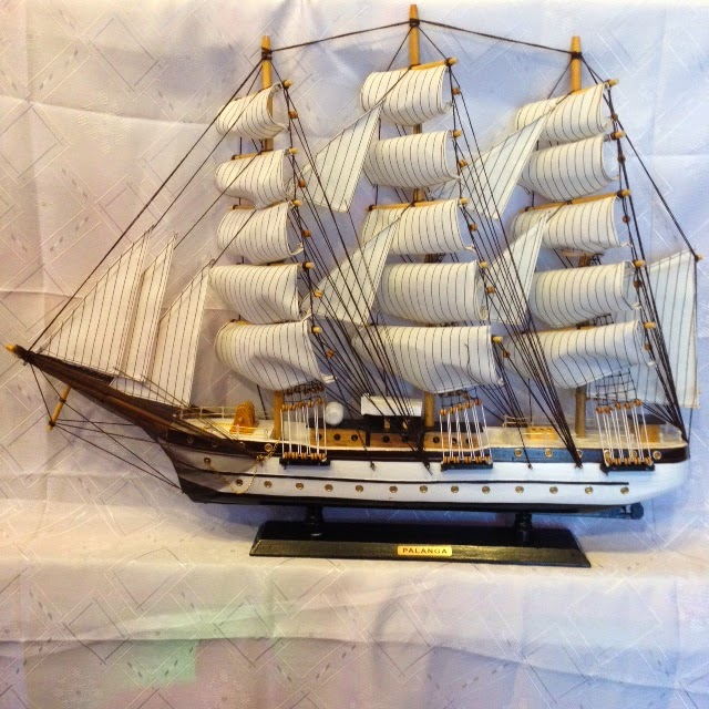 http://www.perkunespigu.lt/marinistiniai-suvenyrai/780-laivas-palanga-78-cm.html
