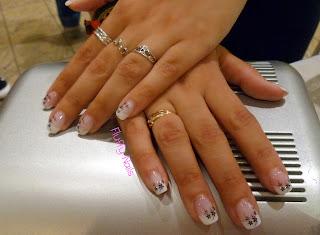fluffy nails pose 41 faux ongles en gel capsules french sur sandrine konad stamping m9. Black Bedroom Furniture Sets. Home Design Ideas