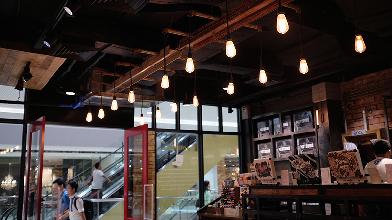 Satchmi Megamall Coffee and Music Ambiance Review