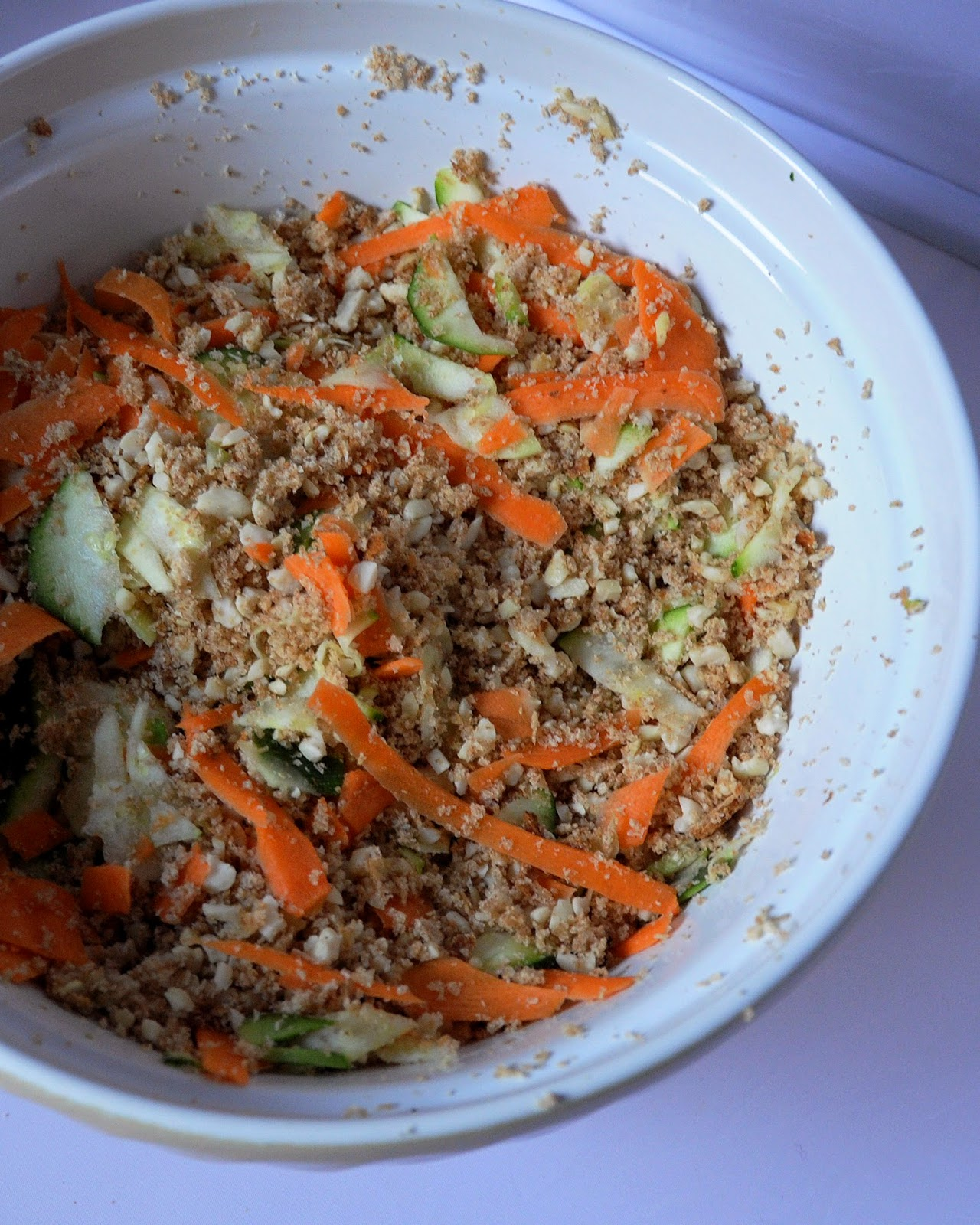 Vegetable, breadcrumb and nut mixture