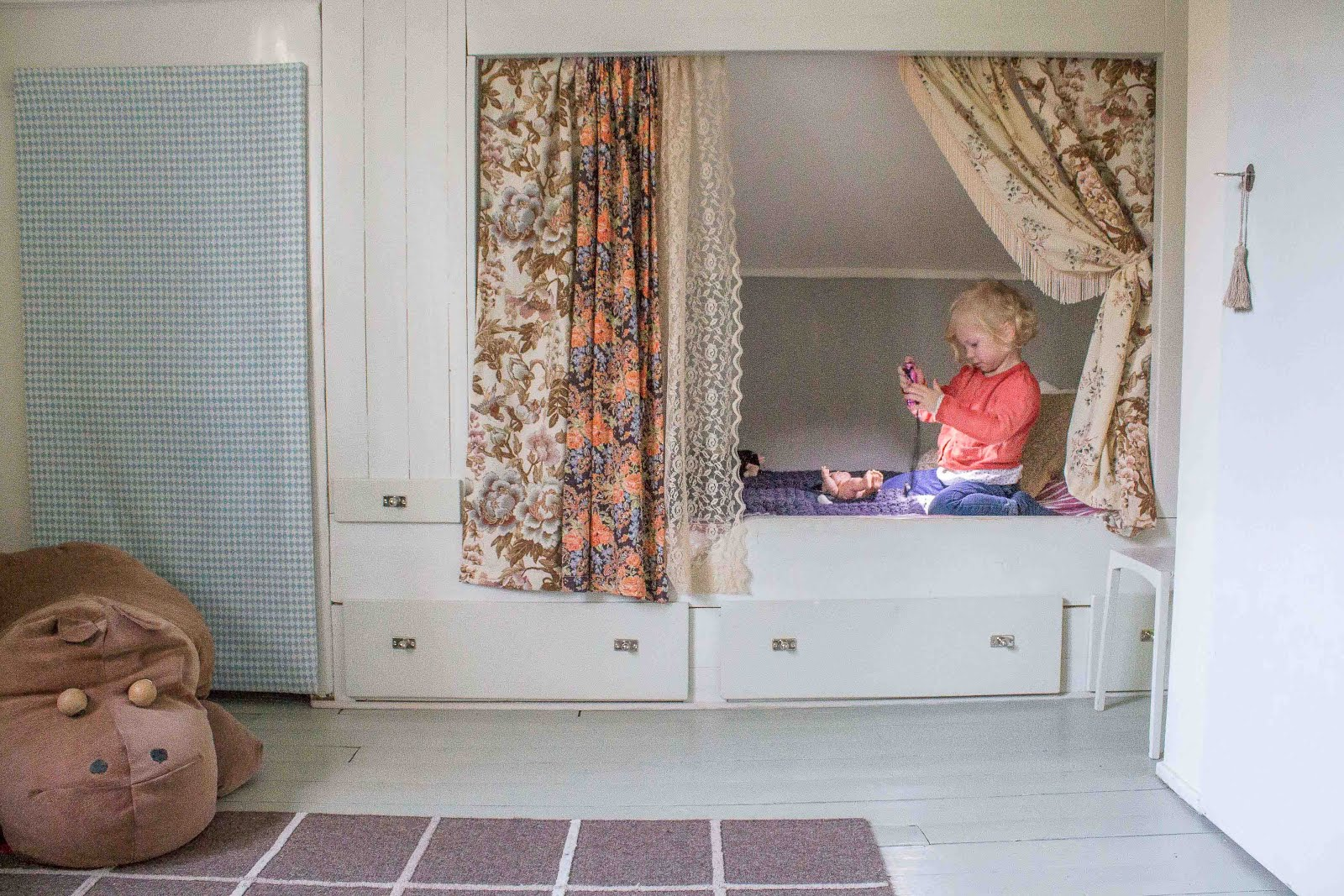 Fru Åberg i Lågbo: Plastbantat i fyraåringens kök