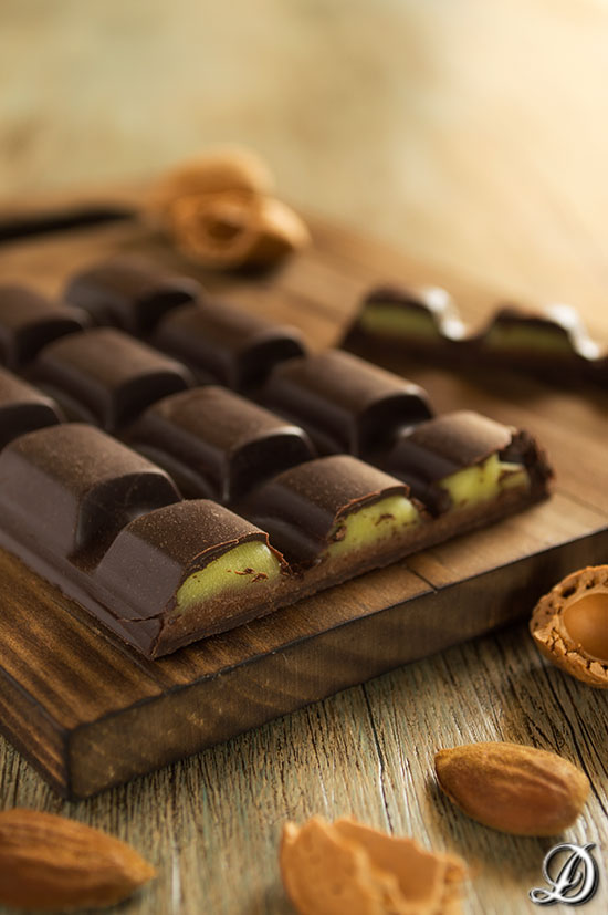 Tableta de Chocolate, Aguacate y Almendras