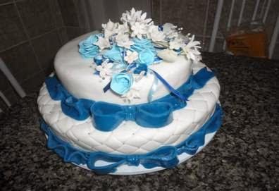 bolo de casamento das bodas de safira