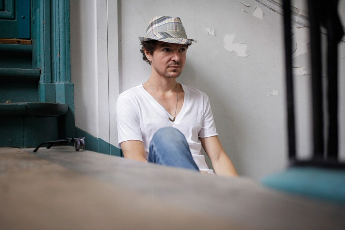 Solde Homme : chapeau stetson, lunettes spitfire, tshirt Baron Y