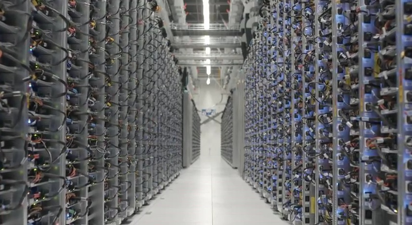 google office video. google launched video tour of data center where we can explore the different areas a employees working and keeping office