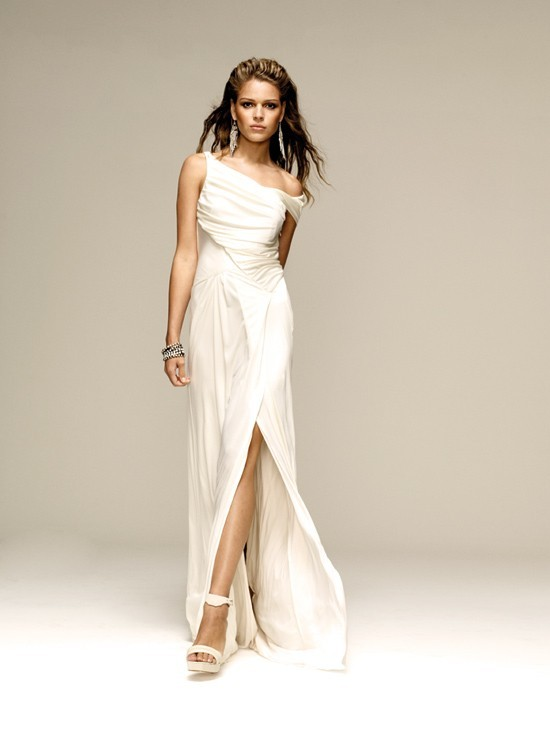 lisa ho New lisa ho 3545lsk wedding dress for us$400 save 45% on this size us 2 floor length, high back, sheath dress with high neck neckline & capped sleeve sleeves.