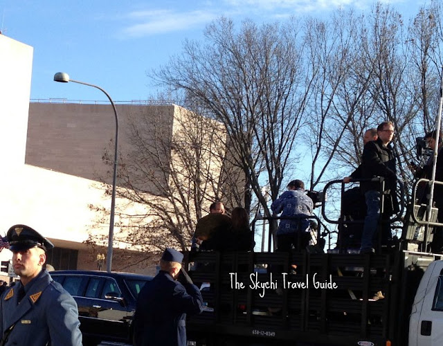 "<img src=""image.gif"" alt=""This is 57th Presidential Inauguration Parade Camera Crew"" />"