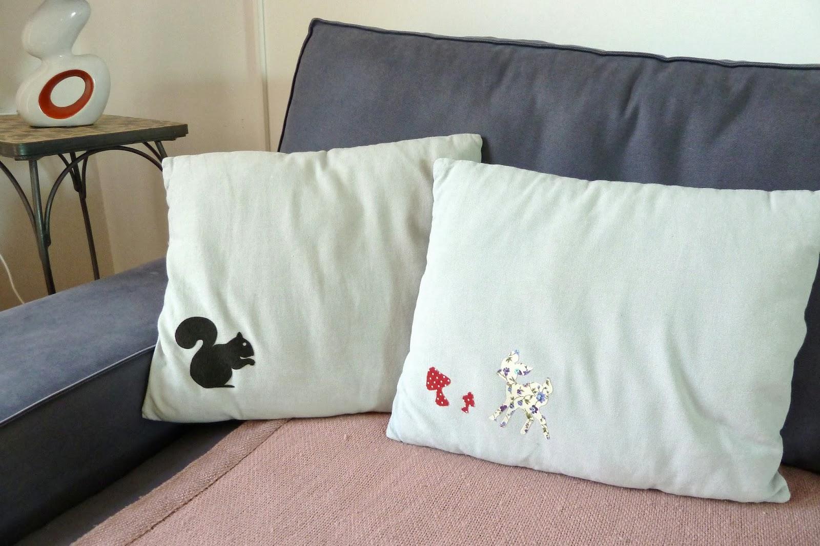 coussins en s rie le bazar d 39 anne charlotte. Black Bedroom Furniture Sets. Home Design Ideas