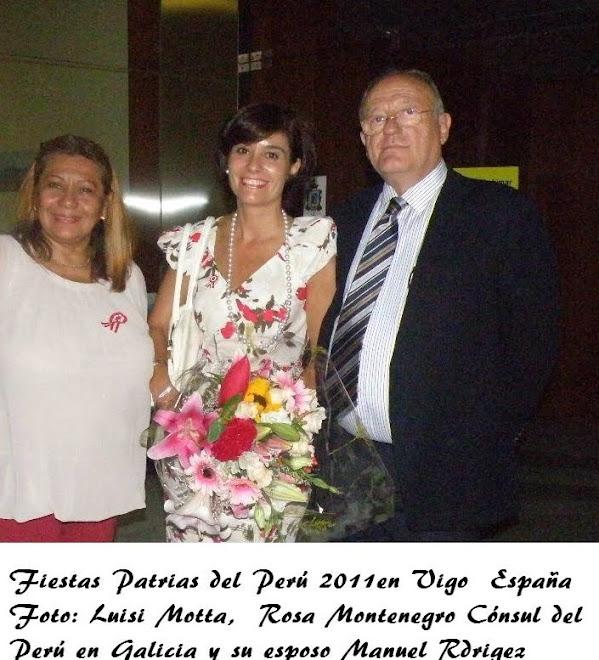 Dña Luisi Motta León con Dña Rosa Montenegro (Consul Honoraria del Perú en Vigo) y su esposo