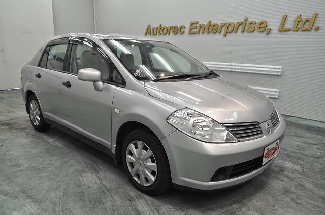 19652A6N6 2007 Nissan Tiida Latio for Kenya - Price down!!|Japanese ...
