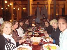 Grupo Era de Ouro Jantar na Praça Tahir Cairo