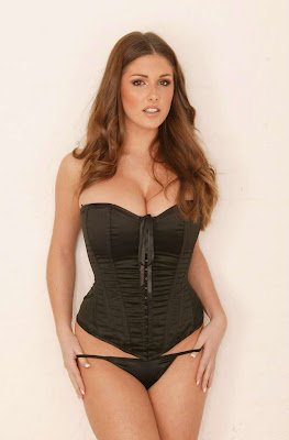 lucy pinder hot photos