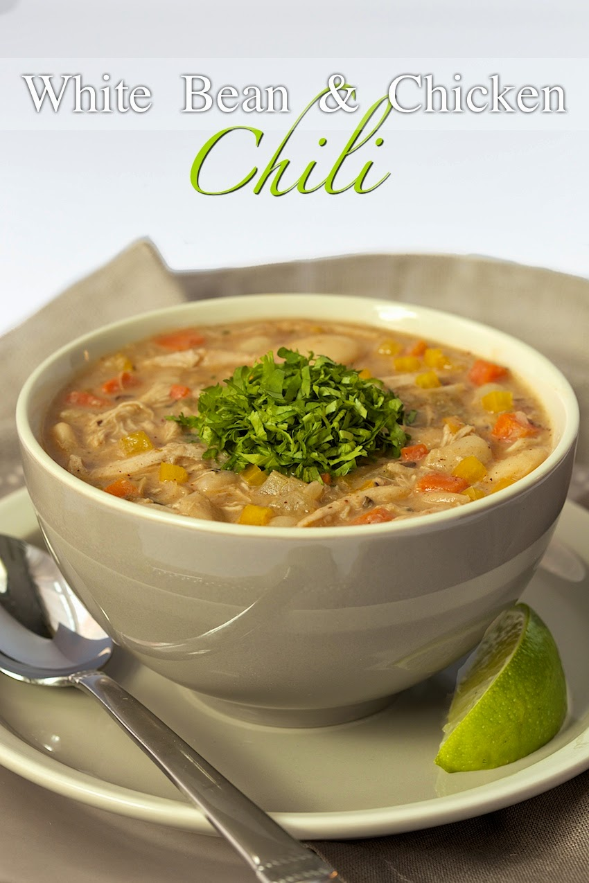 White Bean Chicken Chili - thecafesucrefarine.com