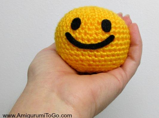 Oh So Happy Smiley With Video ~ Amigurumi To Go