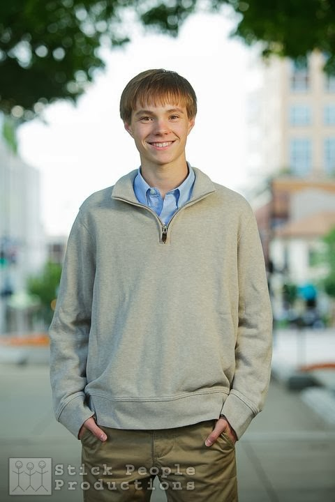 Alex - High School Senior Portraits - (c) Kelly Doering, Photographer