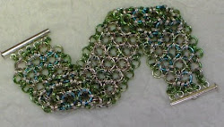 Reversible blue, green and light pink braclet