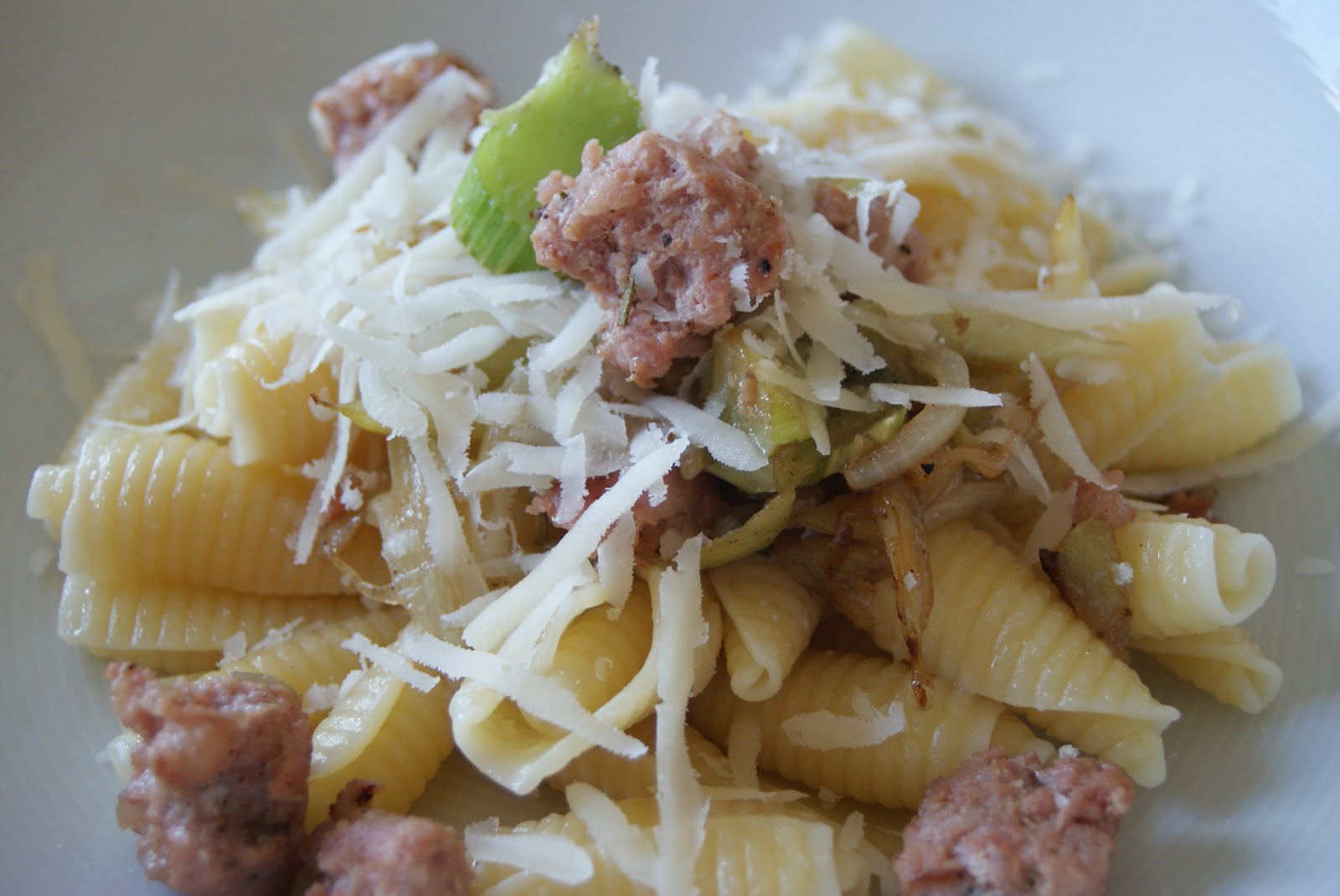 pasta med salsiccia allt om mat