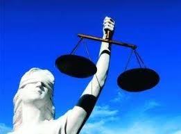La justicia es ciega, pero los jueces en España no