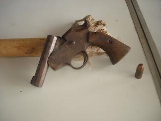 อาวุธปืนพกสั้นขนาด 11 มม