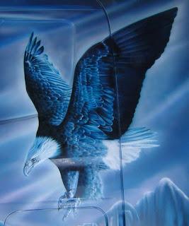 Águila en camión