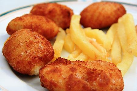 Cocina facil rapida y sana croquetas de pollo un for Cocina facil y rapida