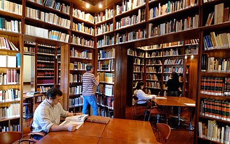 La Biblioteca de la Casa de Colón amplía su horario de apertura