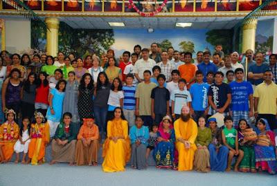 Jagadguru Kripaluji Maharaj devotees with Swami Nikhilanand in USA