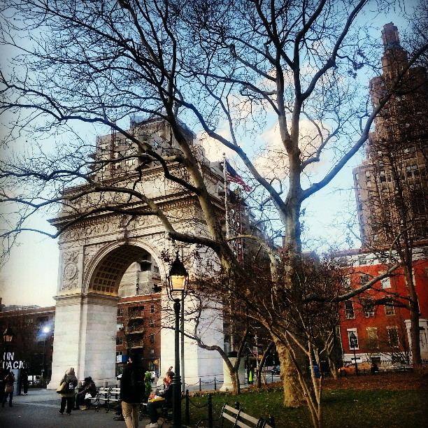 View of the Arch in Washington Square Park on *sparklingly {http://sparklingly.blogspot.com}