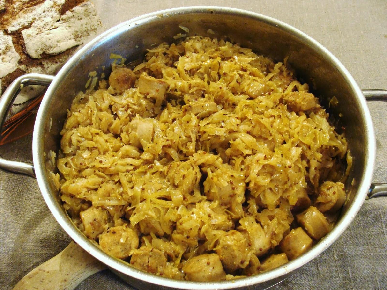 Бигус с рисом - рецепт с фото, как приготовить из свежей капусты с мясом 57