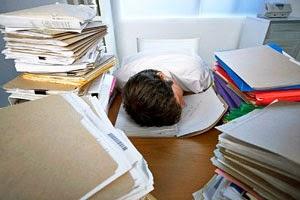 Menghilangkan stres dengan jangan menunda pekerjaan
