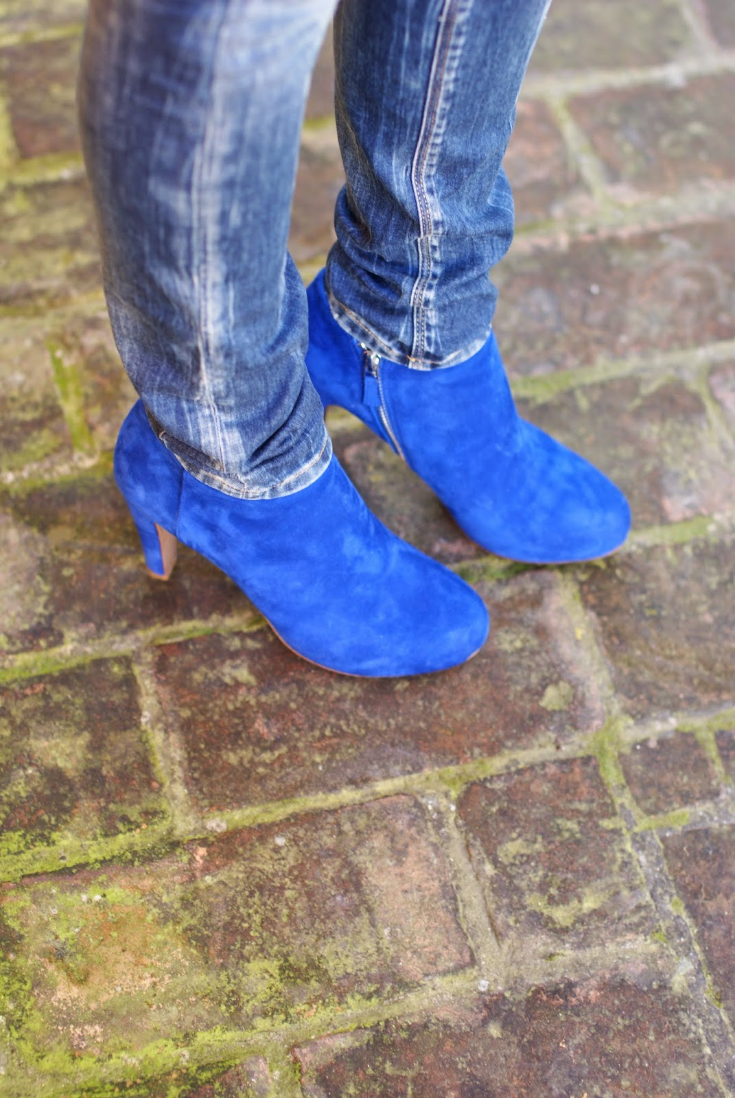See by Chloé cobalt blue ankle boots, Fashion and Cookies, fashion blogger