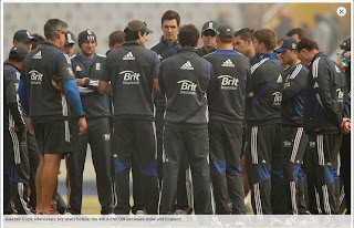 Alastair+Cook+addresses+his+team+before+the+4th+Airtel+ODI+between+India+and+England