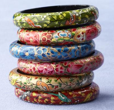 Decorative arts in kashmir papier mache sudha pennathur lp for How to make paper mache jewelry