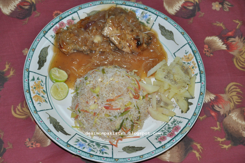 CHICKEN STEAK WITH TANGY BROWN  SAUCE
