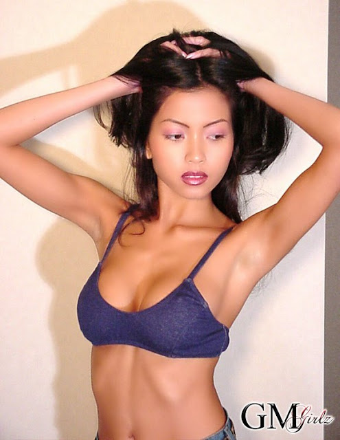 Filipina Model Lelani  Sexy in Tear Jeans